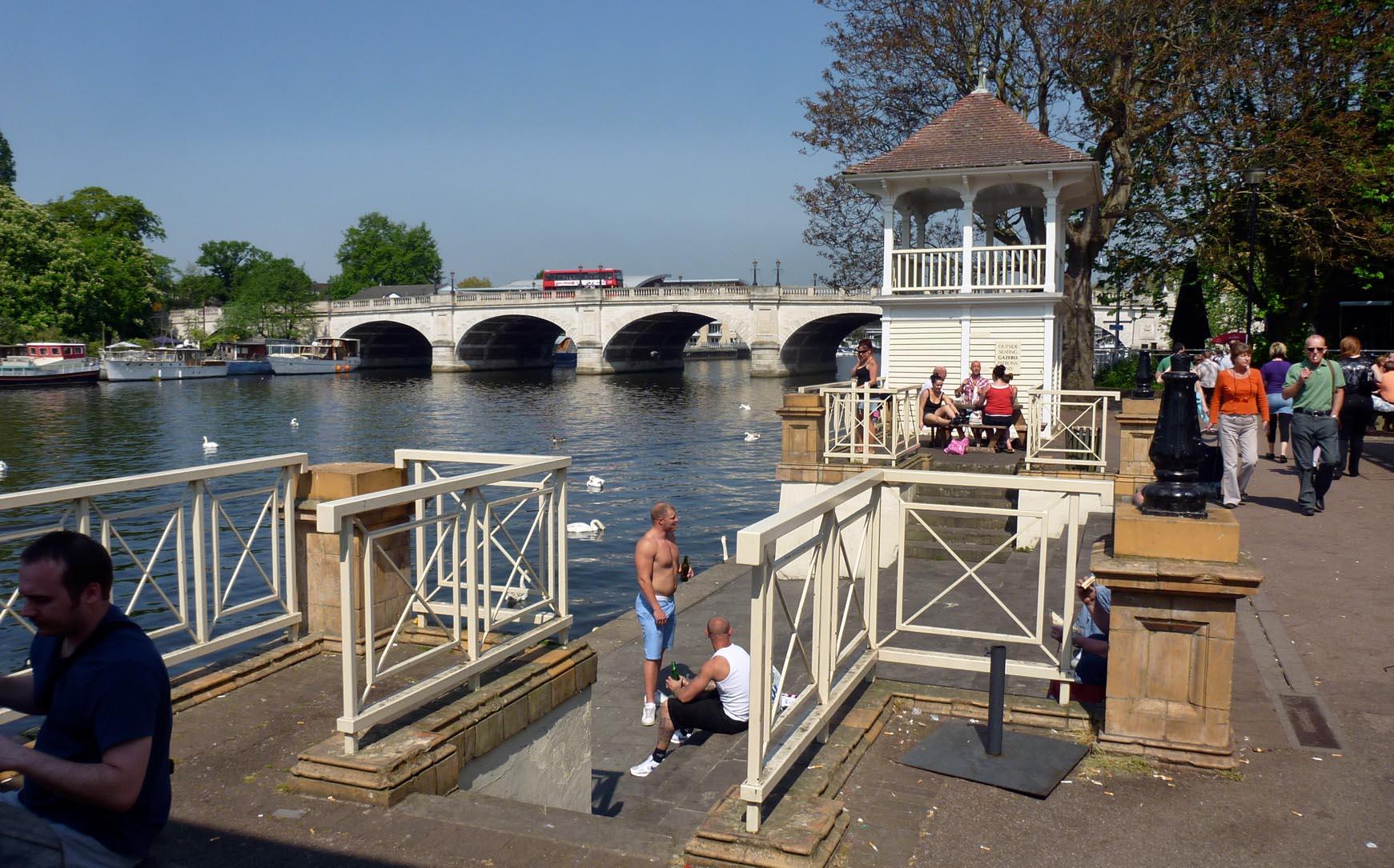 Kingston bridge and railway bridge kingston upon thames for The kingston