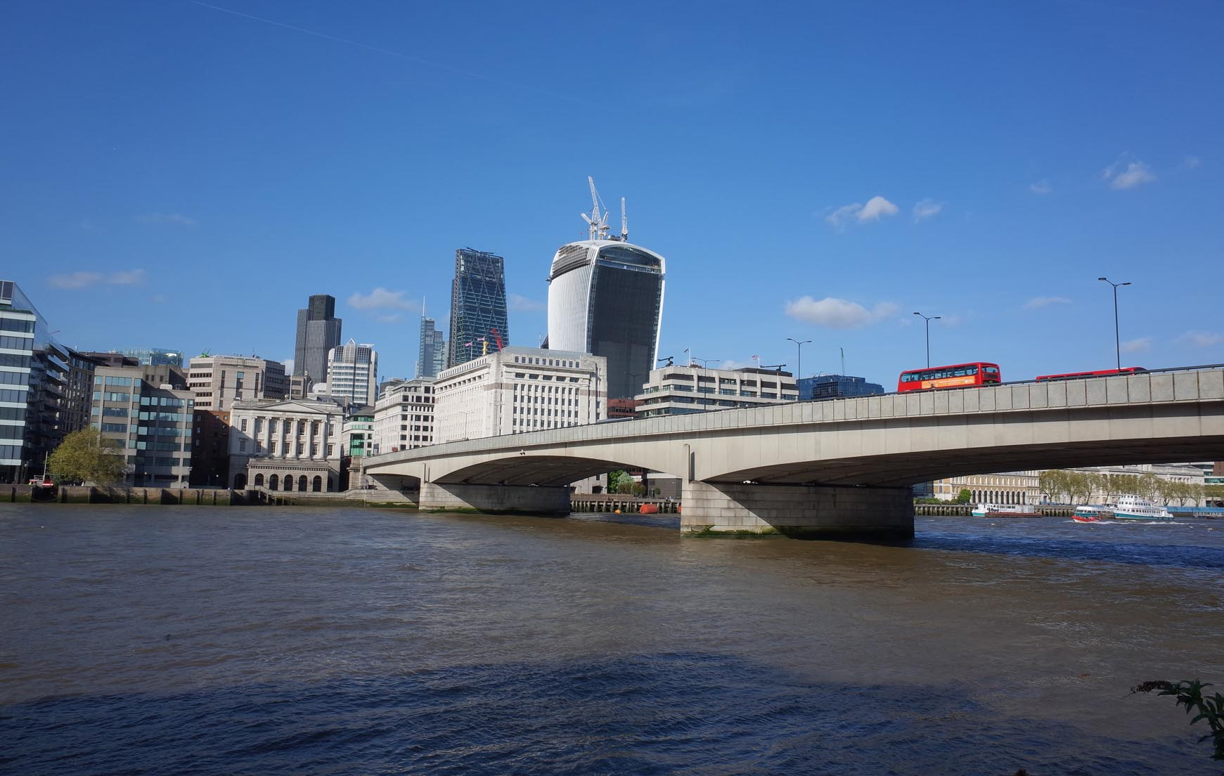 London bridge and the riverfront around billingsgate for Design agency london bridge